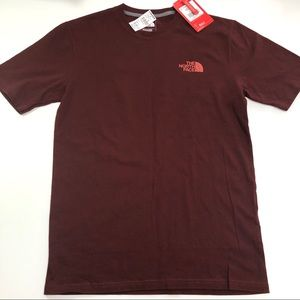 The North Face Mens burgundy red Short Sleeve Tee